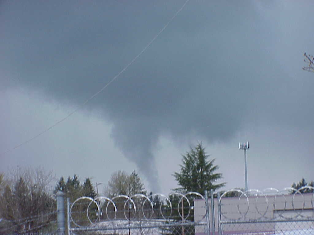 Funnel Cloud Spotted Over Milwaukie